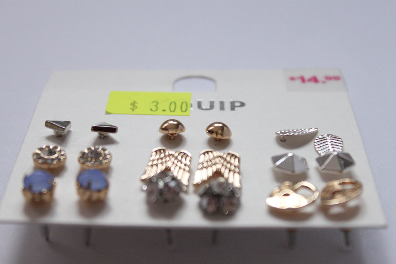 Earrings set from Equip.