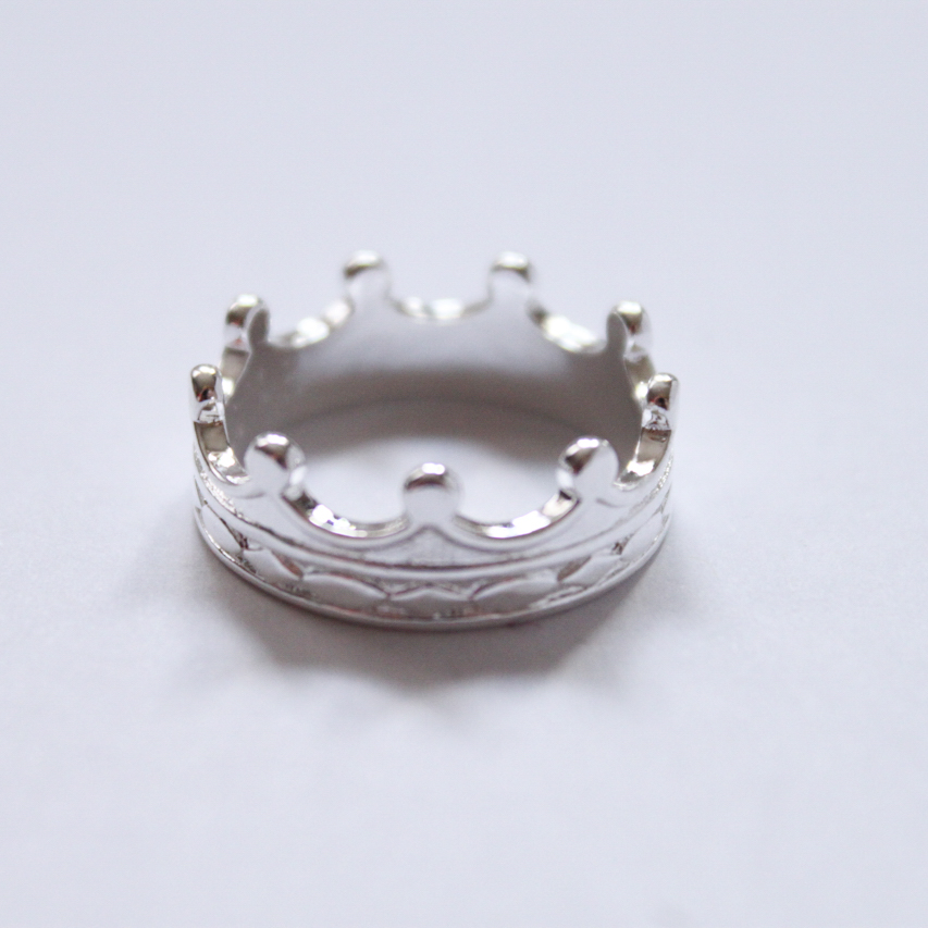 Silver crown ring from eBay.
