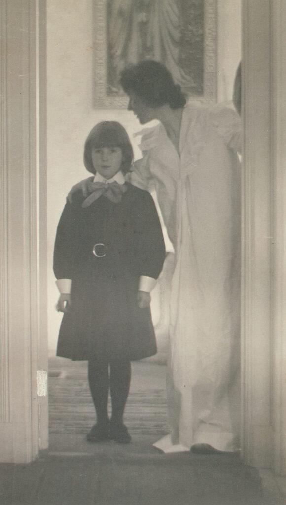 Blessed Art Thou among Women by Gertrude Käsebier – The Metropolitan Museum of Art